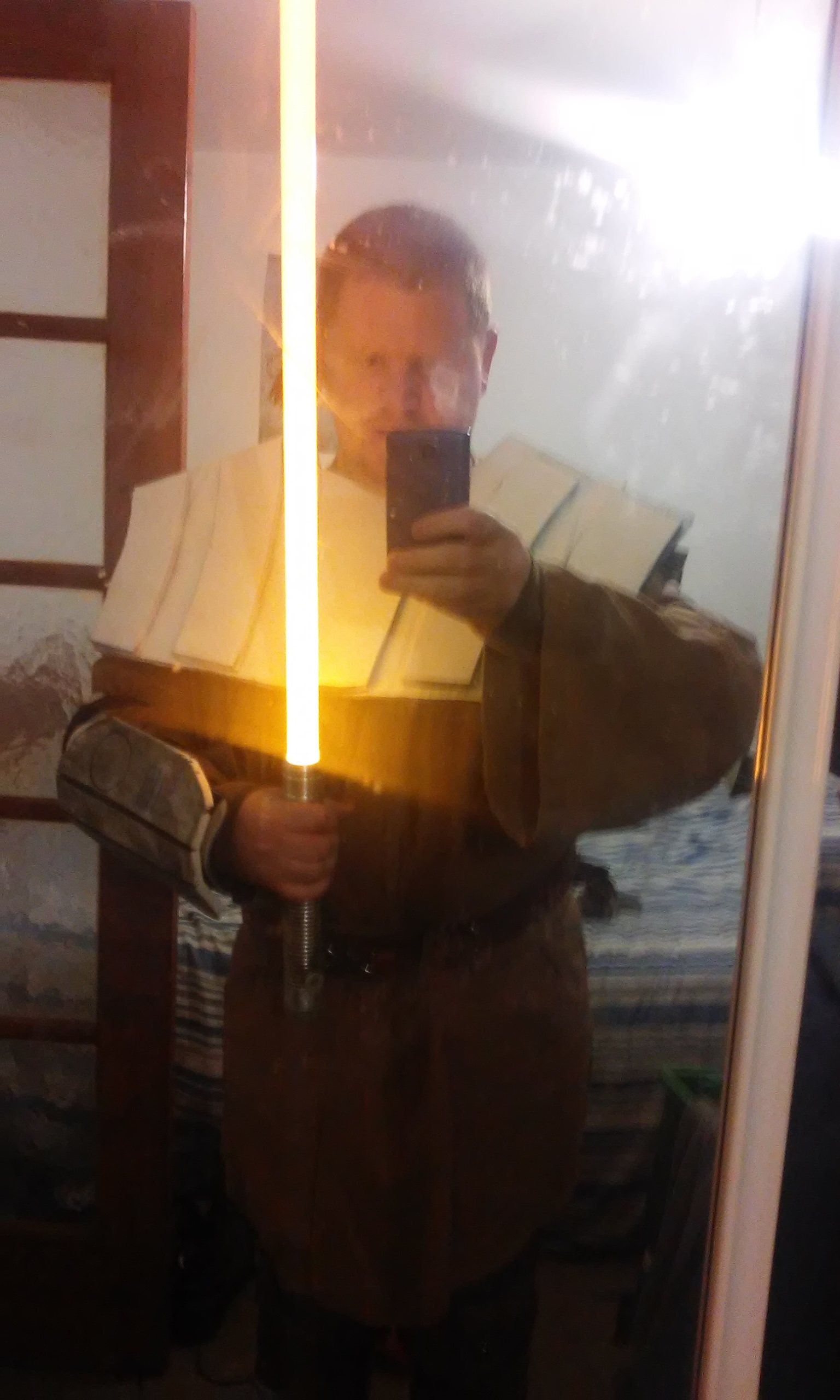 22%20Full%20Costume%20With%20Lightsabre-